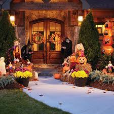 Nativity Outdoor Decorations Creep Out The Neighbors With Halloween Decor Garden Club
