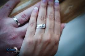 cost of wedding bands engagement ring cost 2017 wedding ideas magazine weddings
