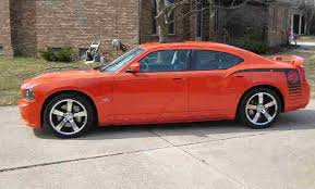 2009 dodge charger bee 2009 dodge charger srt8 bee 6 1l hemi 425hp hemi orange