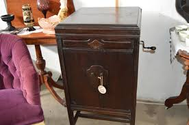 victrola record player cabinet 1920s victrola record player the spring st gallery
