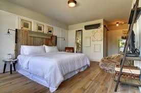 Good Quality Bedroom Furniture by Bedroom Beach House Furniture Photo High Quality Sfdark
