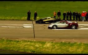 koenigsegg bugatti video bugatti veyron vs koenigsegg agera s hundra performancedrive