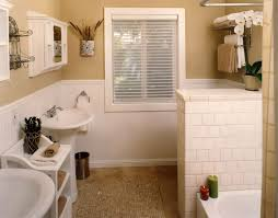 wainscoting bathroom ideas 12 best wainscoting images on bathroom ideas