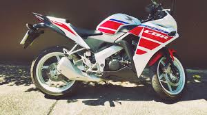 honda cbr 150 mileage honda cbr 150 7 2016 only 5 month old and just 1 300 km