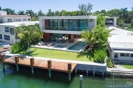 dutch west indies estate tropical exterior miami for sale 421 n hibiscus dr miami beach fl 33139 mls a10361592