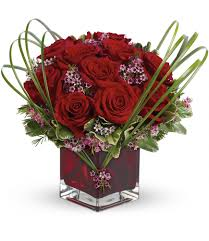 Square Vase Flower Arrangements Celebrate Valentine U0027s Day With Flowers From Mancuso U0027s Florist