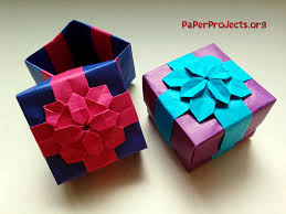 this tutorial is about folding an origami hydrangea ribbon box