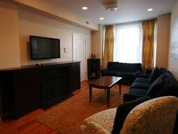 live like a local in a lincoln park unit homeaway ranch triangle