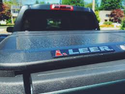 Chevy Silverado Truck Bed Cover - leer trilogy bed cover 2015 chevy colorado youtube