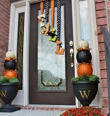 Fall Porch Decorating Ideas 14 Fall And Halloween Porch Decor Ideas Embellishmints