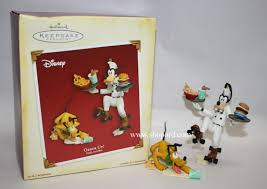 hallmark 2005 order up ornament goofy and pluto set of 2 qrp4082