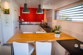 table cuisine sur mesure table haute de cuisine sur mesure avec plateau en chêne