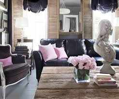 How To Decorate A Living Room With A Black Leather Sofa Decoholic - Living room decor with black leather sofa