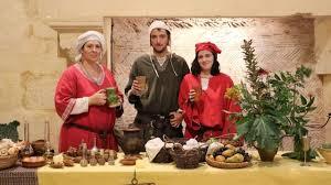 la cuisine au moyen age falaise les petits secrets de la cuisine médiévale