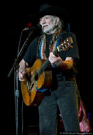Willie Nelson Backyard Willie Nelson U0026 Family 80th Birthday Tour Concert Photos Magazine