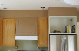 Area Above Kitchen Cabinets Closing The Space Above The Kitchen Cabinets Remodelando La Casa