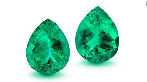 Emerald 887 Carat Emerald Up For Auction Cnn Style