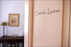 chambre d hote combronde chambre larzac pour 2 personnes vue sur le parc chambres d
