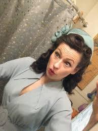 1940s bandana hairstyles best 25 victory rolls tutorial ideas on pinterest victory rolls