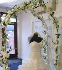 Wedding Arches Decorated With Tulle Tulle Decorated Wedding Arch Also Nice With Purple And Green