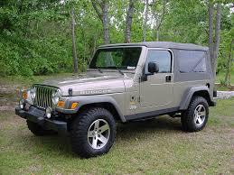 lj jeep 2005 stock photographs