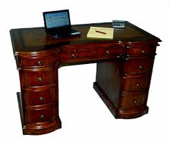 Small Mahogany Desk Mahogany And More Desks Small Cherry Kneehole Desk Leather Top