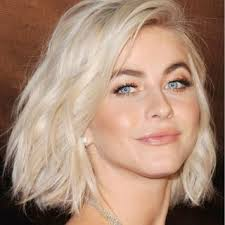 Best Hairstyles For Oval Faces 10 Flattering Haircuts For Long