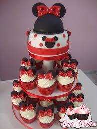 cute cakes and cupcakes mas a decoração dos cupcakes e