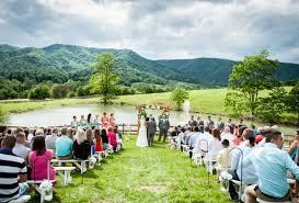 wedding venues in 8 unique blue ridge mountain wedding venues in virginia
