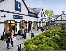 designer outlets cheshire oaks designer outlet ellesmere port shopping location