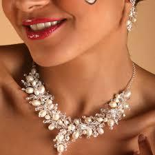 bijoux mariage parure boucles et collier mariage 833 eclats de cristal