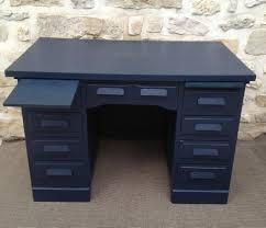relooker un bureau en bois bureau comptable repeint bleu nuit atelier darblay le