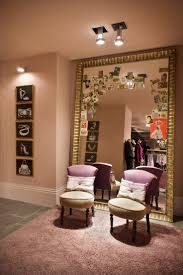 Dressing Room Mirror Lights 32 Best Fitting Rooms Images On Pinterest Changing Room