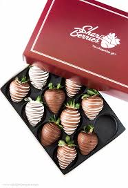 gift boxes for chocolate covered strawberries chocolate covered strawberry s day gift boxes