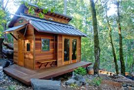 tiny home builders oregon tiny houses embraced by city of eugene oregon theres nothing in