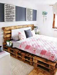 How To Make A Platform Bed Frame With Pallets by The 25 Best Diy Pallet Bed Ideas On Pinterest Pallet Platform