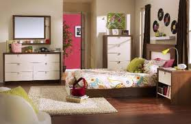Bedroom Without Dresser by Bedroom Elegant Silver Paint Finish Vanity Set For Bedroom With