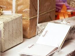 wedding gofts inexpensive yet thoughtful wedding gifts