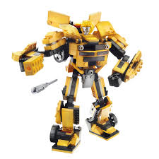 amazon com kre o transformers bumblebee construction set 36421