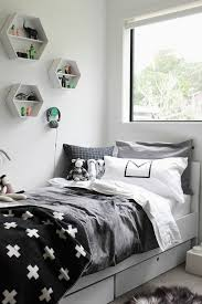 etagere murale chambre ado comment aménager une chambre d ado garçon 55 astuces en photos