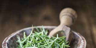 comment utiliser le romarin en cuisine cuisiner les herbes aromatiques