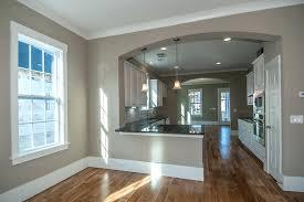 couleurs murs cuisine couleur mur cuisine des armoires de couleur cyclamen et un mur gris