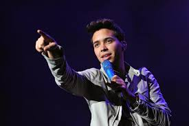 famous mexican singers top 10 male latin singers