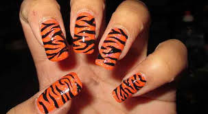 30 striped nail designs and looks to try at home weetnow