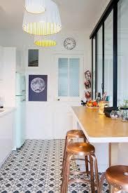 rev黎ement de sol cuisine 59 idées pour le revêtement de sol parfait