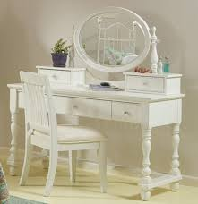 Makeup Vanity Canada Bedroom Awesome Classic White Vanity Set With Oval Mirror And