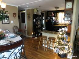 Decorating Ideas For Manufactured Homes Manufactured Home Holiday Decor Very Merry Double Wide