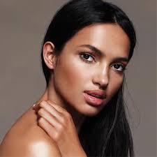 tutorial make up natural untuk kulit coklat tips memilih makeup natural untuk si kulit sawo matang cosmetics