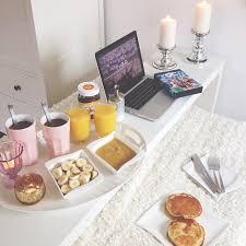 breakfast in bed table breakfast in bed i heart great design
