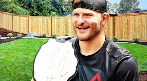 Seeking Uproxx With Daniel Cormier On The Horizon Stipe Miocic Wants To Mow His Lawn